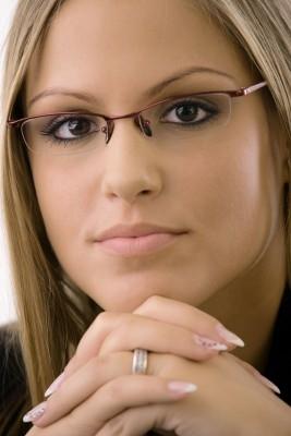 szemüveglencse-nagykálló